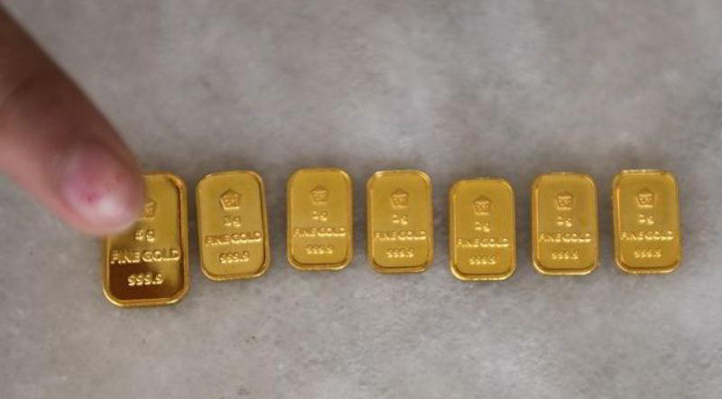 Emas merupakan logam mulia
