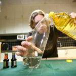 Inilah Percobaan Kimia Sederhana dengan Bahan Sehari-hari